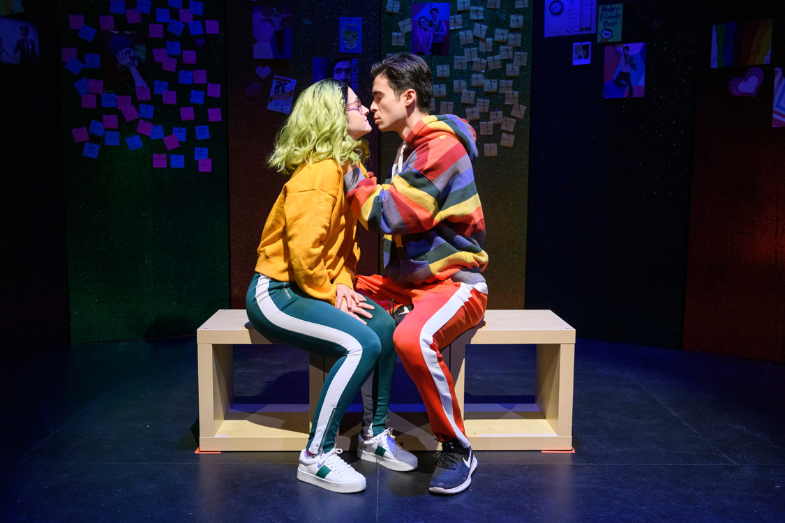 Northern Light Theatre | Everybody Loves Robbie